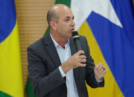 Ismael Crispin propõe debate sobre pesquisa cientifica e seu impacto social, político e econômico em Rondônia