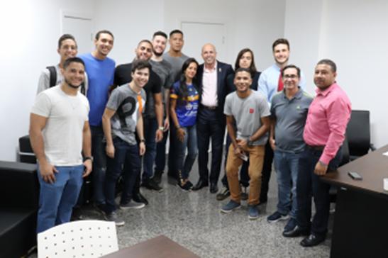 Ismael Crispin libera emenda de R$ 40 mil para atletas de basquete representarem Rondônia nos JUBs