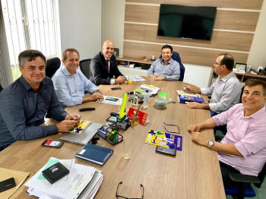 Ismael Crispin se reúne com diretores do Banco do Povo para a implantação em Nova Brasilândia