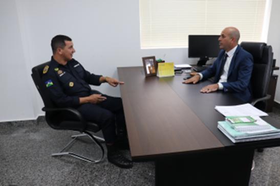 Ismael Crispin obtém garantia de que a PM intensificará o policiamento em São Miguel