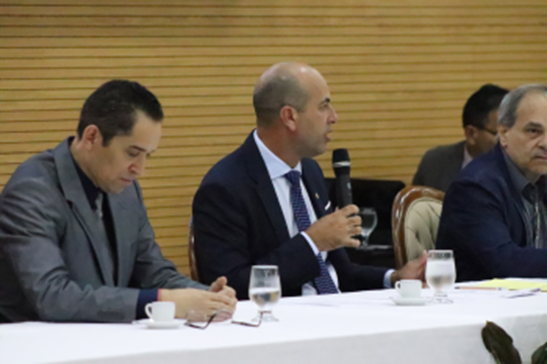 Ismael Crispin presta homenagem a autoridades, atletas, médicos, comunicadores e peritos criminais