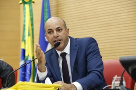 Deputado Ismael Crispin pede apoio da bancada federal para recuperação da BR-429