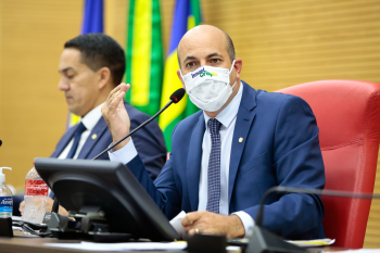 Deputado Ismael Crispin defende inclusão de mototaxistas em programas estaduais emergenciais