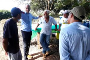 AGRO | Ismael Crispin participa de Dia de Campo em São Miguel do Guaporé e questiona data de realização do evento