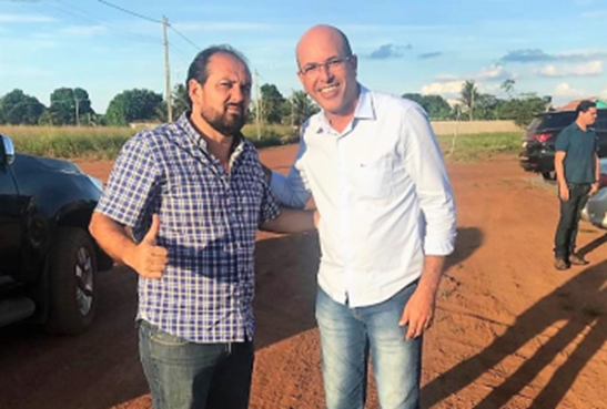 PODER – Em São Francisco do Guaporé, Ismael Crispin fala do incentivo ao esporte e agroindústria