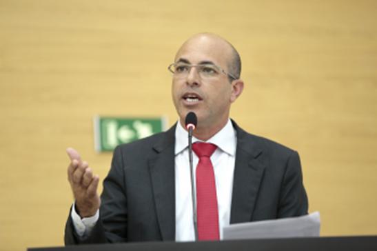 TRÂNSITO | Ismael Crispin pede ao Detran informações sobre critérios para credenciamento de serviços