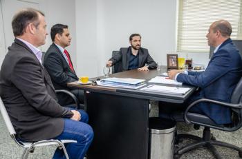 Ismael Crispin recebe a visita de diretores da Policia Civil