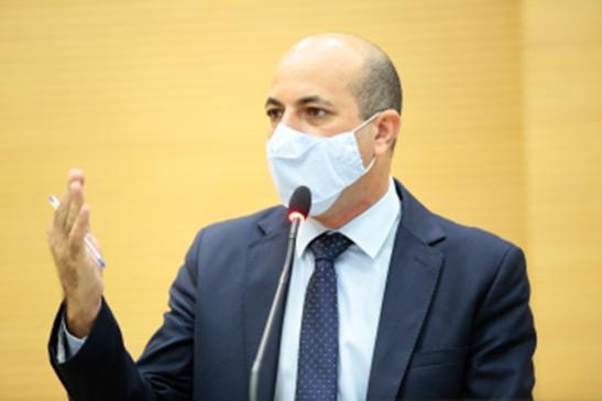Ismael Crispin pede informações sobre serviços de média e alta complexidade de Cacoal