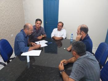 Ismael Crispin confirma recurso para construção de praça em Nova Brasilândia do Oeste