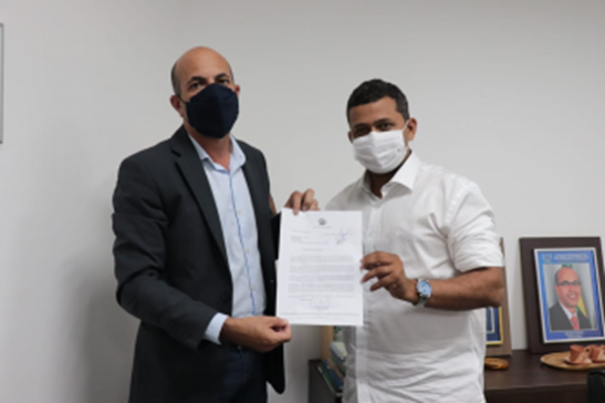 Deputado Ismael Crispin confirma recursos para atender estradas vicinais de Candeias do Jamari