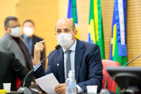 Deputado Ismael Crispin solicita programa de asfaltamento urbano para municípios e distritos