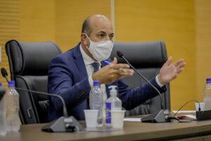 Ismael Crispin pede apoio da Unale e entidades representativas para garantir contratação de médicos com diploma estrangeiro sem Revalida