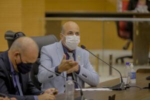 Ismael Crispin defende conversão de recurso de multas em investimentos no PROLEITE