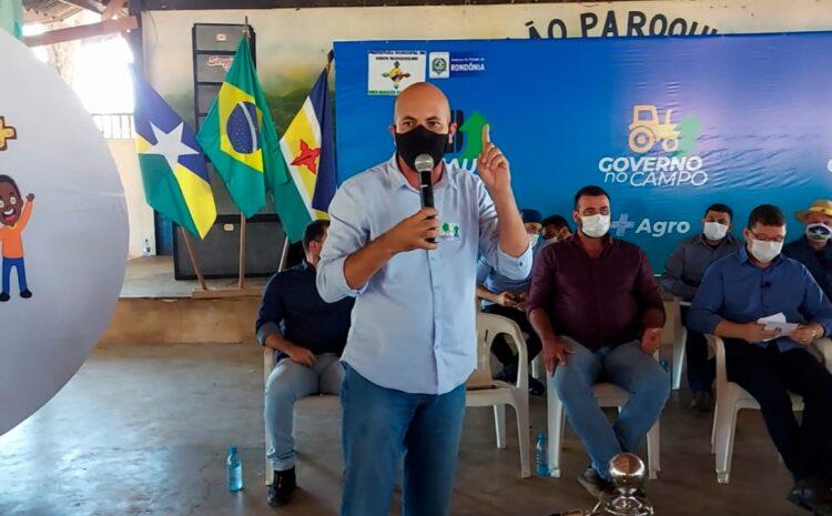 Deputado Ismael Crispin prestigia lançamento de programas de infraestrutura e sociais em Costa Marques