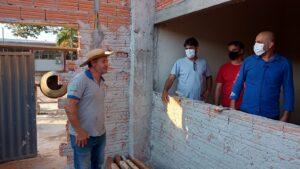 Ismael Crispin visita obras que estão sendo realizadas com emendas de sua autoria em Nova Brasilândia
