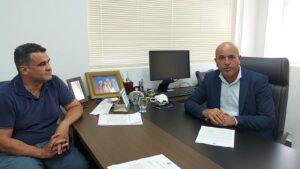 Ismael Crispin comemora avanços no projeto para pavimentação da estrada do calcário