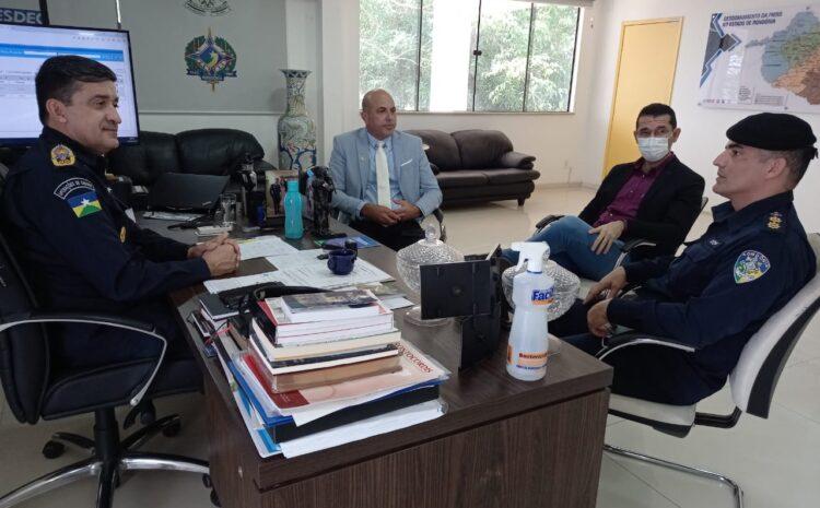 Ismael Crispin verifica andamento do processo para início das obras do 11° Batalhão da Polícia Militar