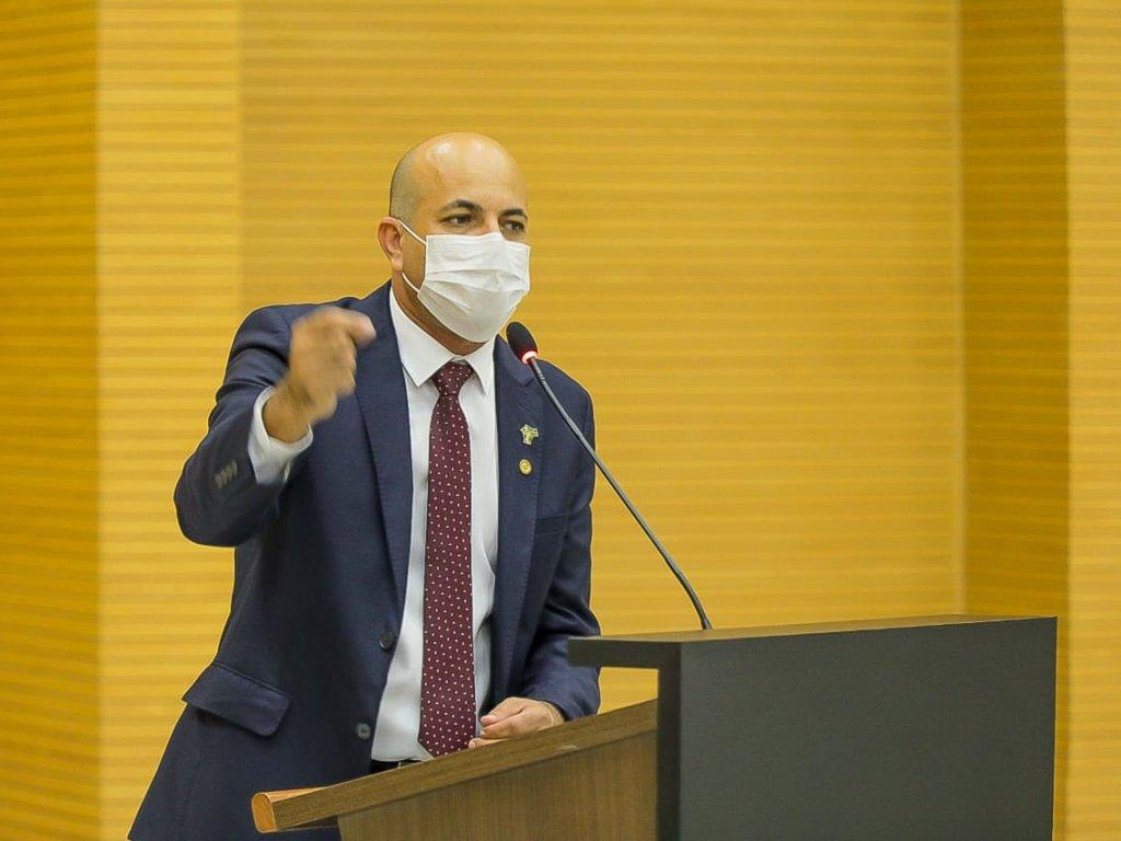 Ismael Crispin apresenta PL para proibir utilização de recursos públicos em eventos e serviços que promovam sexualização de crianças e adolescentes